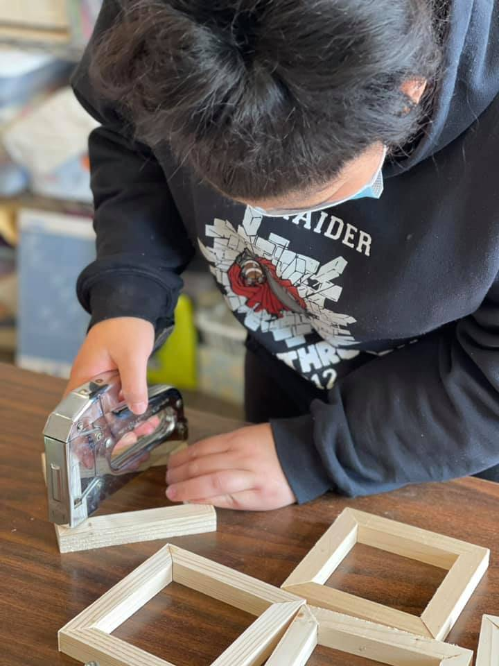 ulm student busy making mothers day products